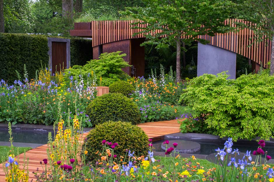 The-Homebase-Garden-Urban-Retreat-02_940x627